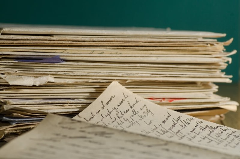 國內信件郵資26年首次調高 平信限時掛號8月起漲3元 新面額郵票預計10月發行