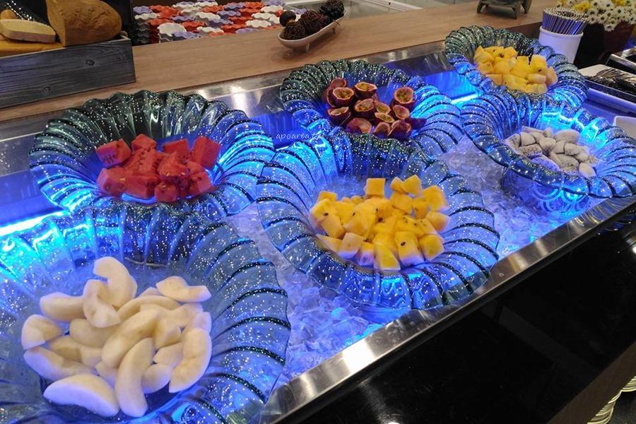 20171115203843 39 - 貴族世家鮮饌館|單點排餐320元起 自助式鮮作熟食炸物飲料冰淇淋吃到飽 台中青海店