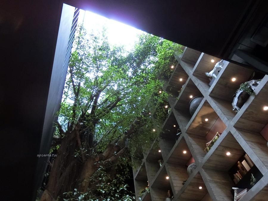 20171121085608 20 - 樂樂書屋|與百年榕樹共享閱讀空間 不限時100元咖啡飲料吧無限暢飲