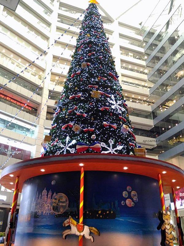 20171129222310 63 - 大魯閣新時代購物中心|全台最高的室內聖誕樹 麗莎和卡斯柏聖誕派對