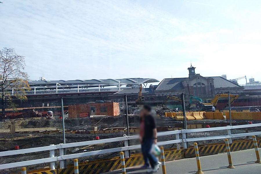 台中火車站臨停專區|半小時免費 上下客安全不擋路 接送方便不擁塞