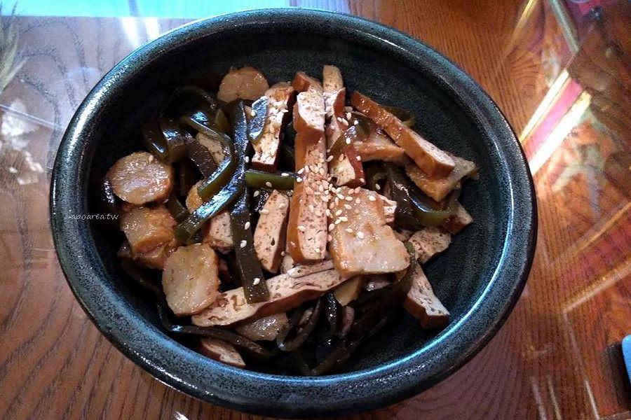20180312112936 69 - 台中餐廳好做作 超華麗浮誇川味麵館 食尚玩家也推薦