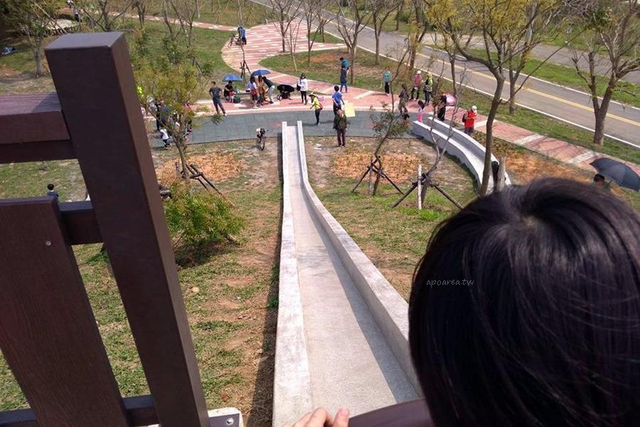 20180318193719 25 - 台中特色溜滑梯 全新復古三滑道 水泥砌成環保好滑 22公尺超長滑道 大雅中科公園 4/4更新再次開放