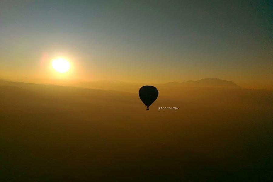 土耳其之旅 棉堡熱氣球 高空俯瞰古城跡 石化瀑布 礦物森林 巴穆嘉麗夢幻景觀