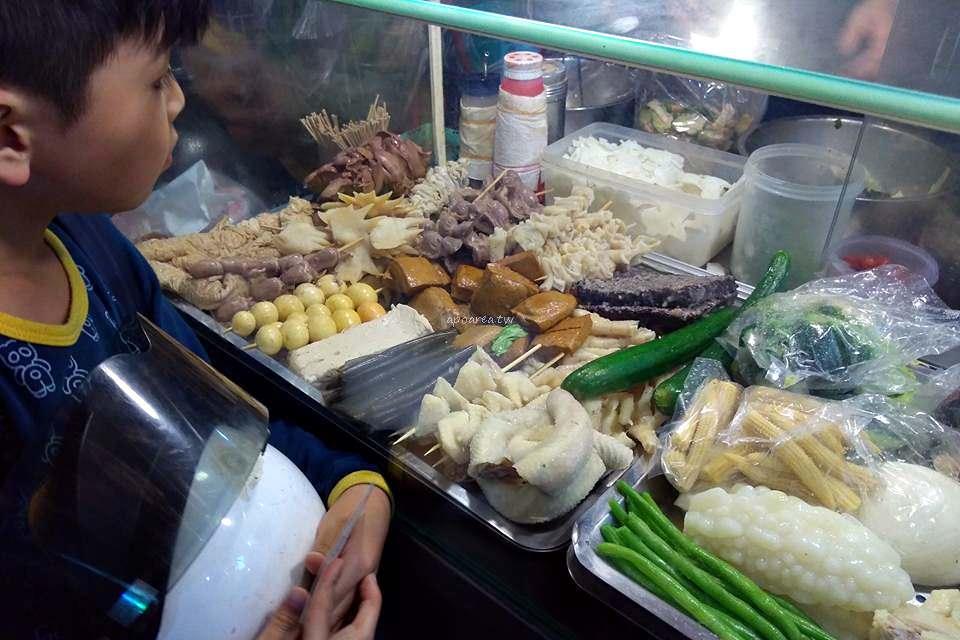 20180323225350 7 - 老二的鹽水雞|知名老牌老店 涮嘴小吃好風味 食材多樣化 10元起親民銅板價