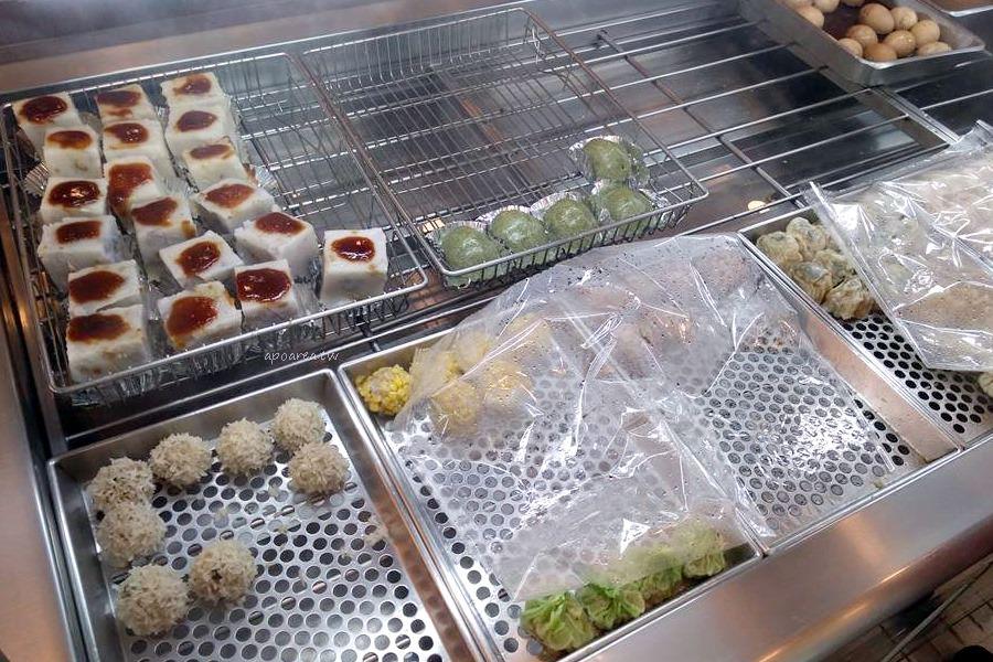 20180410221007 19 - 義美餅店|中區老店,令人懷念的古早滷味 中式點心 綠川水岸旁 台中火車站