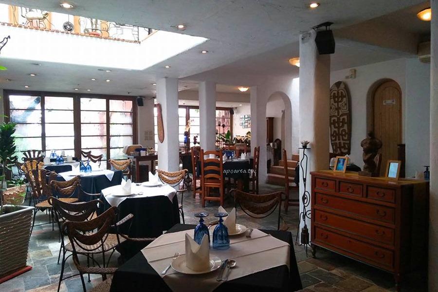 20180417092005 49 - 藍洞意式廚房|點餐附自助沙拉吧吃到飽 花草時尚紅土城堡建築 20多年在地老餐廳