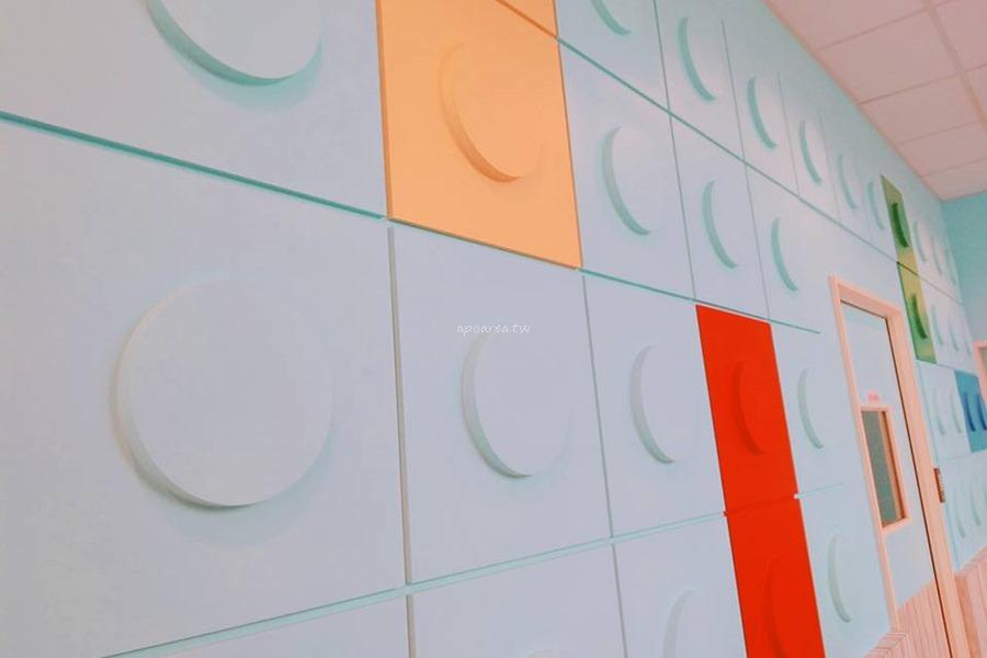 20180419083546 60 - 樂高積木主題7-11|積木城堡彩繪牆 可愛童趣還附兒童遊戲區 台中清水億承門市