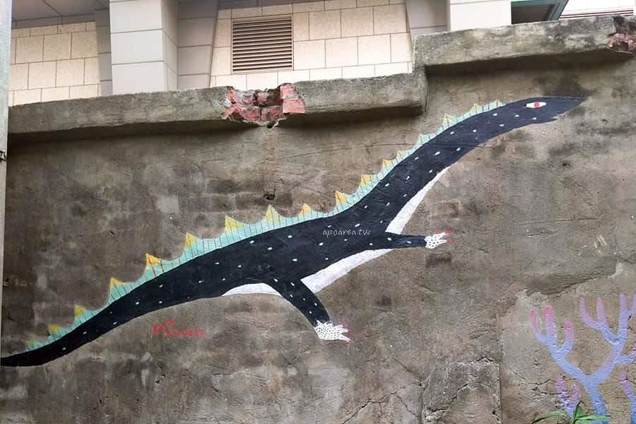 20180510135927 13 - 台中市區有怪獸出沒!?還有色彩繽紛的大小恐龍喔!