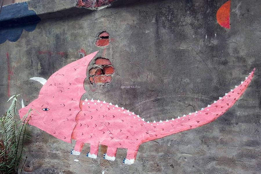 20180510135940 1 - 台中市區有怪獸出沒!?還有色彩繽紛的大小恐龍喔!