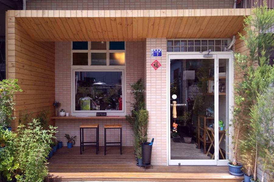 20180527122736 4 - 迴鮭|新光三越百貨對面巷內 教師新村老宅早午餐