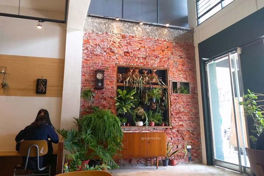 20180605203201 79 - AIYO cafe|新時代火車站商圈 大份量早午餐 起司蓋被被好療癒 停車方便 hoyo cafe姐妹店
