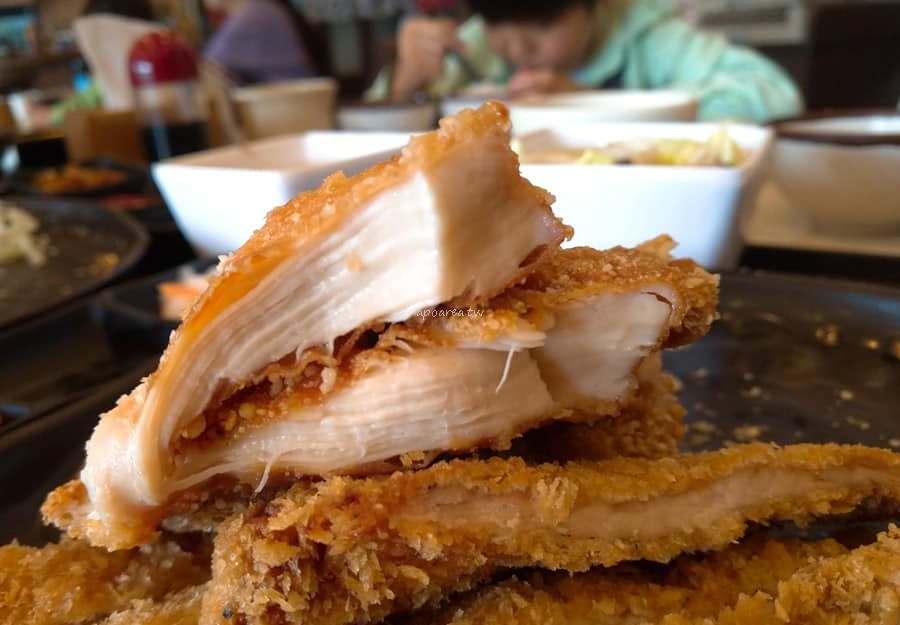 20190217163003 64 - 小莊壽司|大胃王必吃 豬排套餐有誇張 雞排套餐更浮誇 麥茶免費喝 向上路旁附停車場