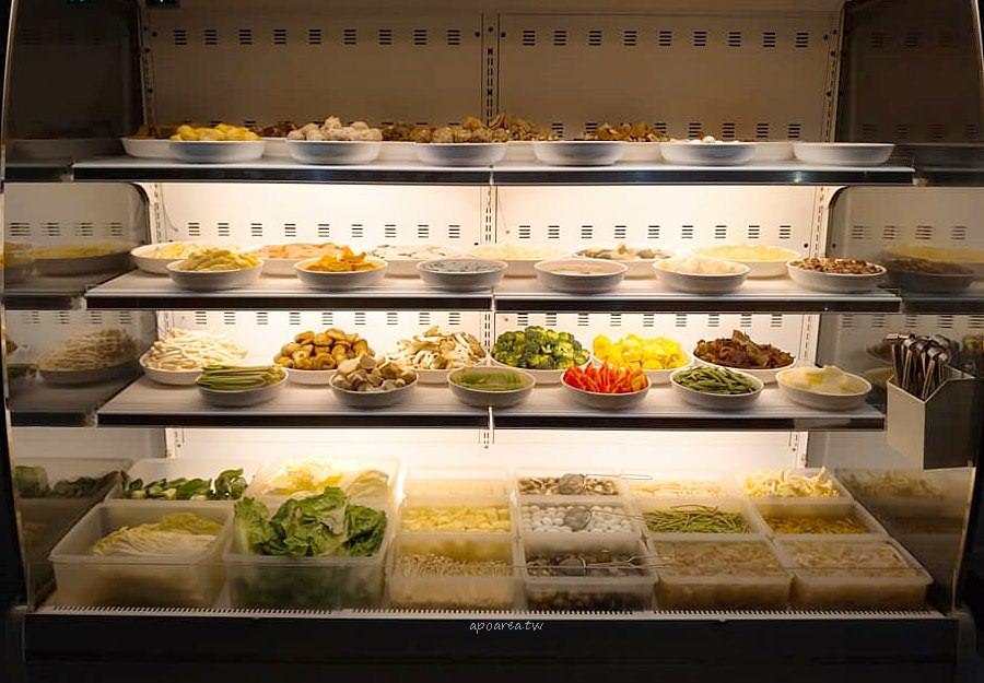 20190218154237 70 - 陳師傅麻辣火鍋|百種食材任你吃到飽 485元免服務費 營業到凌晨兩點