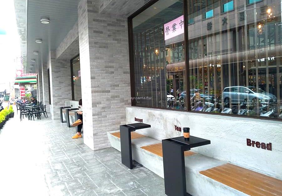 20190221114823 56 - 台中第一間全家咖啡旗艦店來了 2/22開幕 文心中清路捷運站旁 全家Let's Café台中時尚店