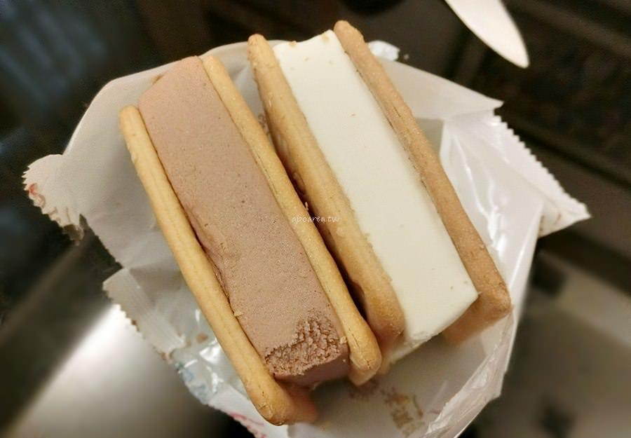 20190310144035 35 - 義美冰淇淋餅乾|義美食品老字號冰品 巧克力牛奶冰淇淋搭配蘇打餅乾最對味 家庭號包裝特價中