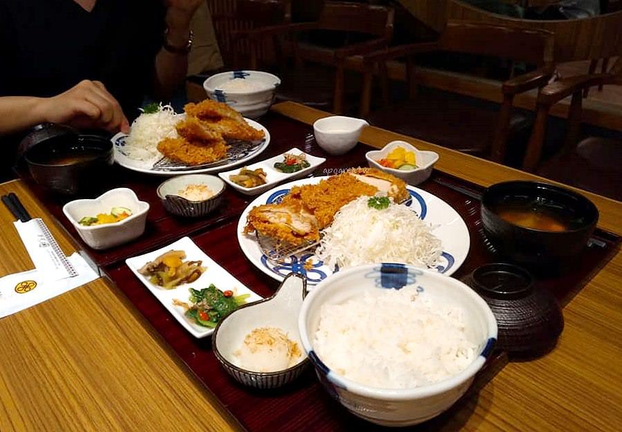 20190329081312 60 - 邁泉豬排MaiSEN|日本東京豬排名店 日式定食套餐高麗菜絲白飯味噌湯免費續