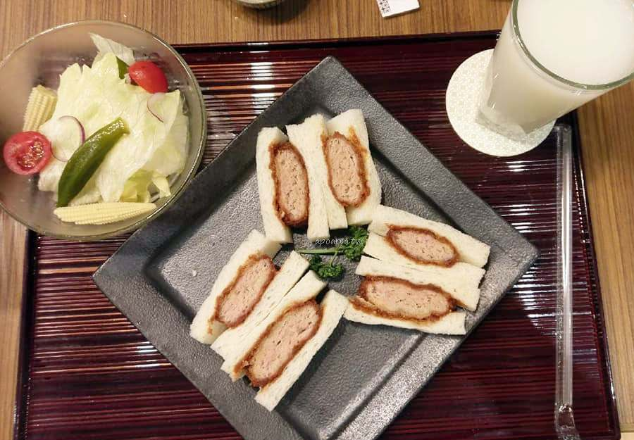 20190329081424 35 - 邁泉豬排MaiSEN|日本東京豬排名店 日式定食套餐高麗菜絲白飯味噌湯免費續