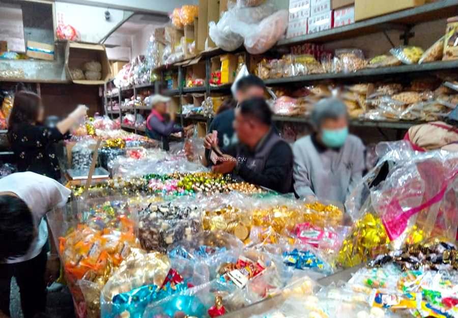 20190424091135 29 - 水湳市場糖果店 多種糖果餅乾零食秤重賣 年節喜慶家庭最愛 北屯糖果零售批發