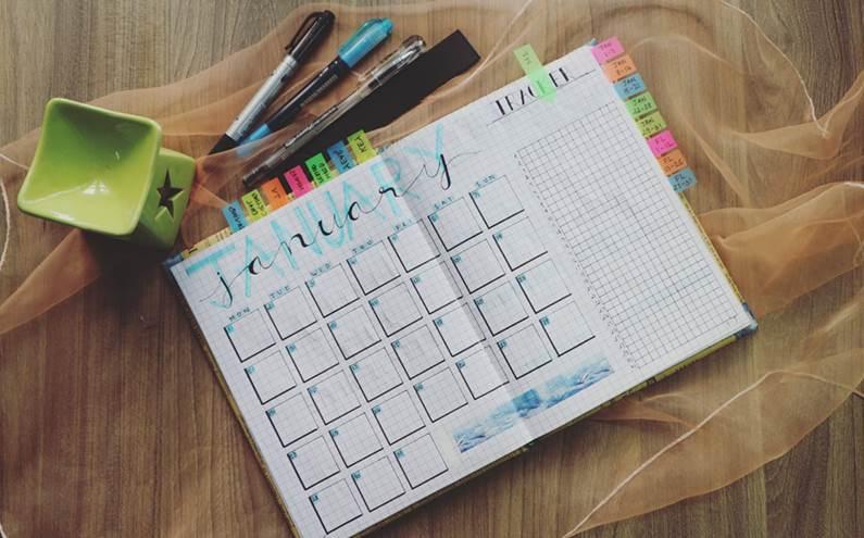 20200528160311 32 - 2021年(110年)行事曆公佈囉~八次連假、農曆春節放七天,中小學生寒暑假開學日可參考。